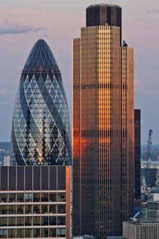 TOWER 42 EXTERIOR