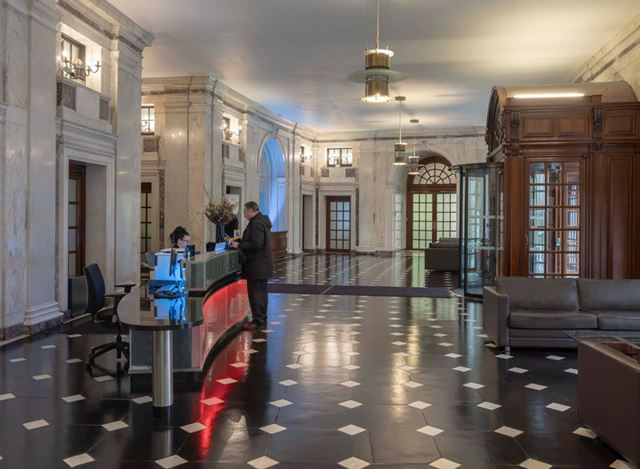 FINSBURY CIRCUS_ 1_ RECEPTION_ CBRE_ JULY 2019