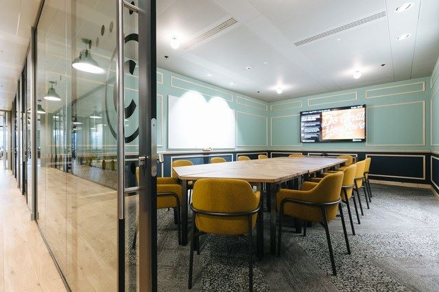 ALDGATE-TOWER-CONFERENCE-ROOM-21
