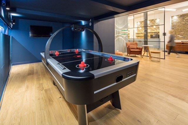 29 CLERKENWELL ROAD - GAMES ROOM COPY