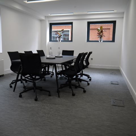 HAMMERSMITH MEETING ROOM